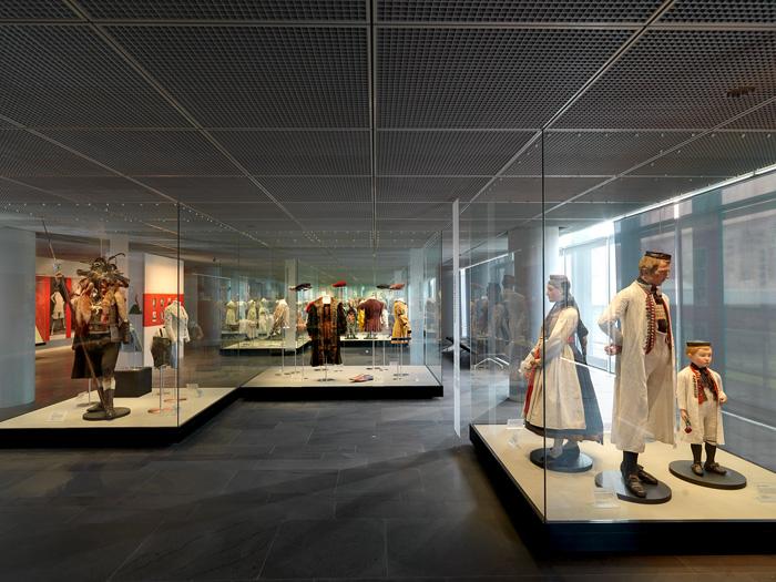 GERMANISCHES NATIONALMUSEUM -Kleidung ab 1700
